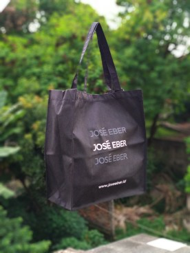 goodie bag furing hitam jose eber